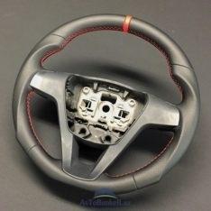 Спортивный анатомический руль на Lada Vesta\красная нить+красная полоска\